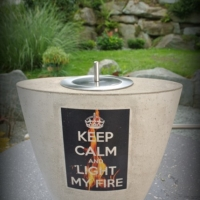 Keep_calm_Betontischfeuer