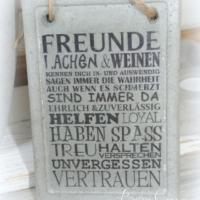 """Schild aus Beton """"Freunde"""""""