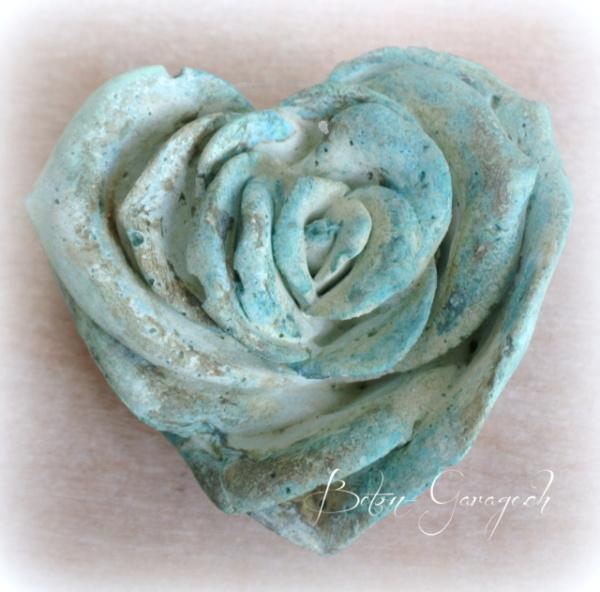 Rose blau patiniert