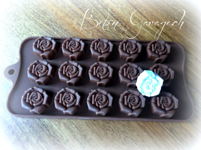 silikonform kleine rosen geschenke betonkurse giessformen. Black Bedroom Furniture Sets. Home Design Ideas