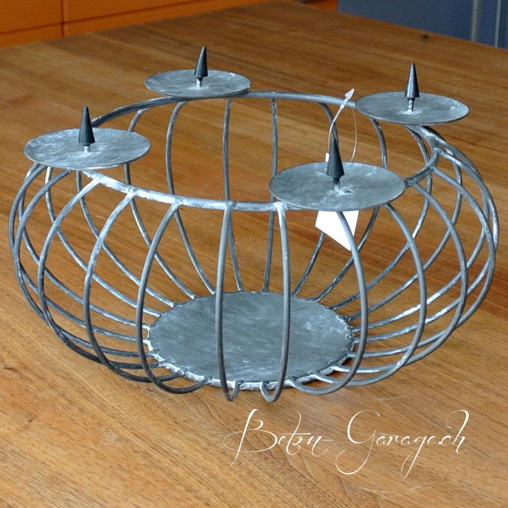 metallkorb adventskranz beton garage. Black Bedroom Furniture Sets. Home Design Ideas